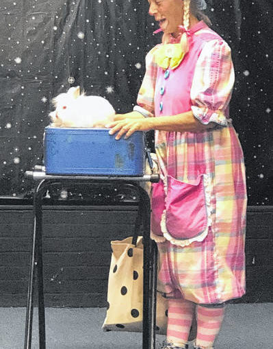 Joy the Clown thrills children at library