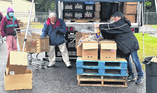 Founded by Lisa Holt in the basement of Wadesboro Christian Fellowship Church, Feed My Lambs (FML) has been providing food and clothing to Anson County's most vulnerable citizens since August 1999.