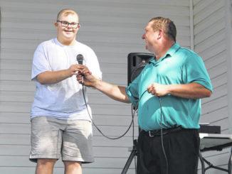 Sheriff department hostsgolf tournament