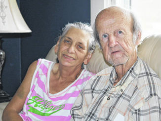 Couple fighting cancer through pandemic's spread